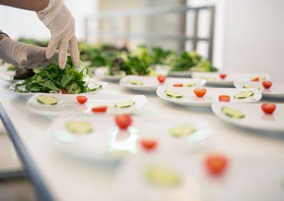 Salat-anrichten